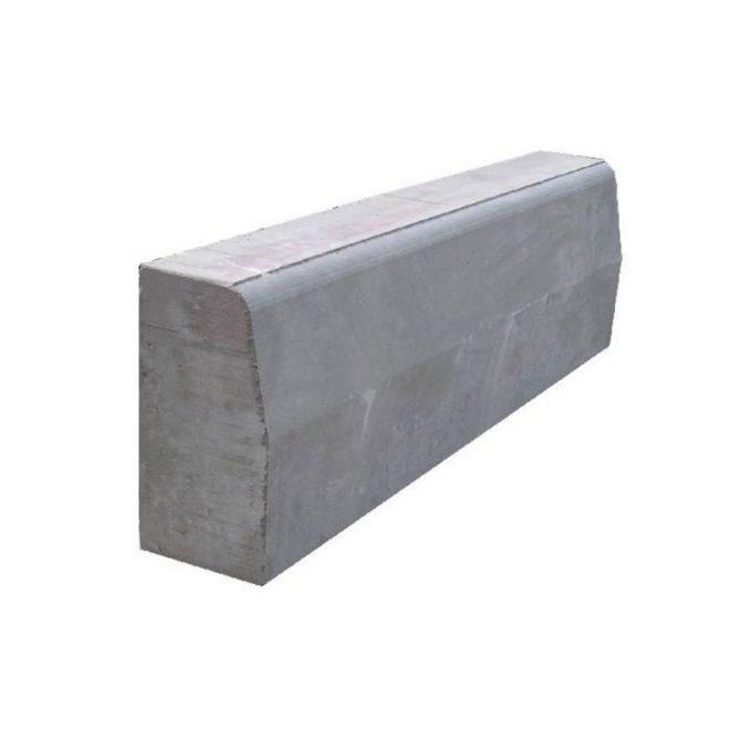 Бордюр большой 150х300х1000 серый